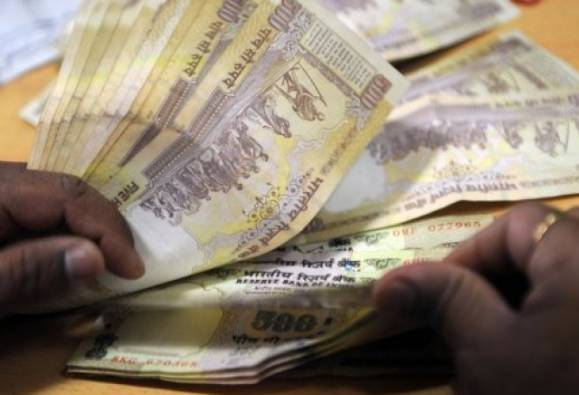Taxman not to ask questions on deposits up to Rs. 2.5 lakh